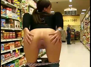 Teenager nudist show coochie and butt..