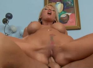 Blondie big-titted mother Allison..