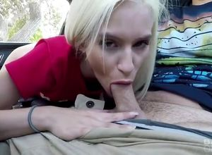 Kiara Cole gets her  worked in the car